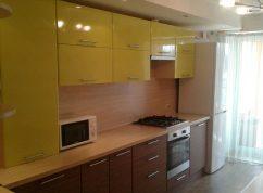 Кухня прямая комбинированные фасады МДФ