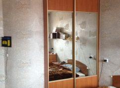 Шкаф-купе полу встройка в спальню