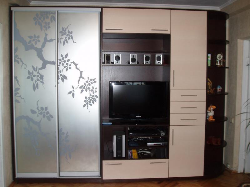 Мебель в гостинную со шкафом