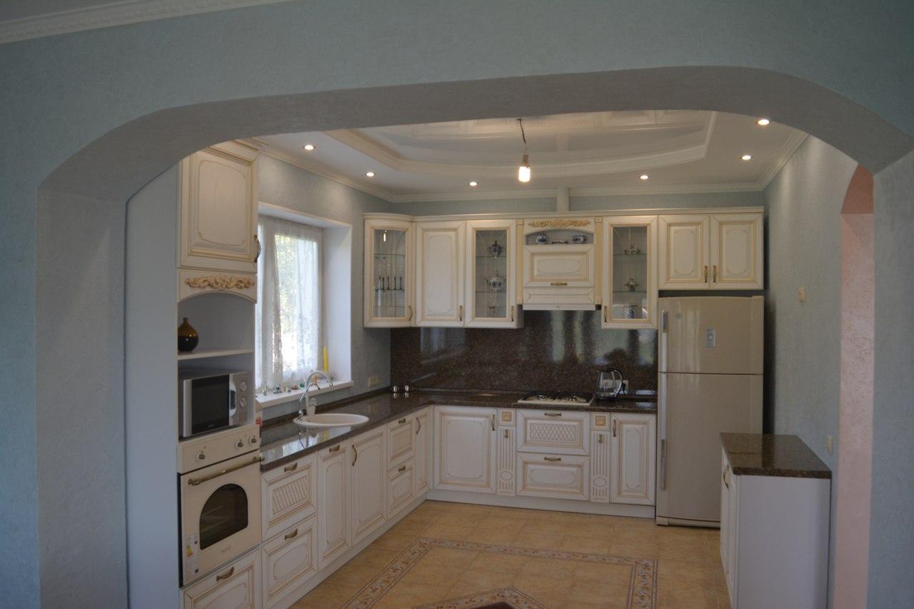 Кухня Прованс в большой дом