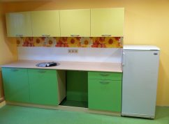 Кухня желто-зеленая мини