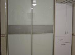 Шкаф в ванную МДФ и стекло