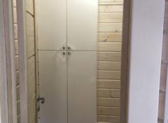Шкаф в ванную распашной